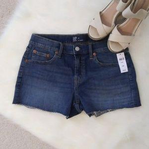 NEW! GAP 3 inch Raw Hem Denim Shorts - 2